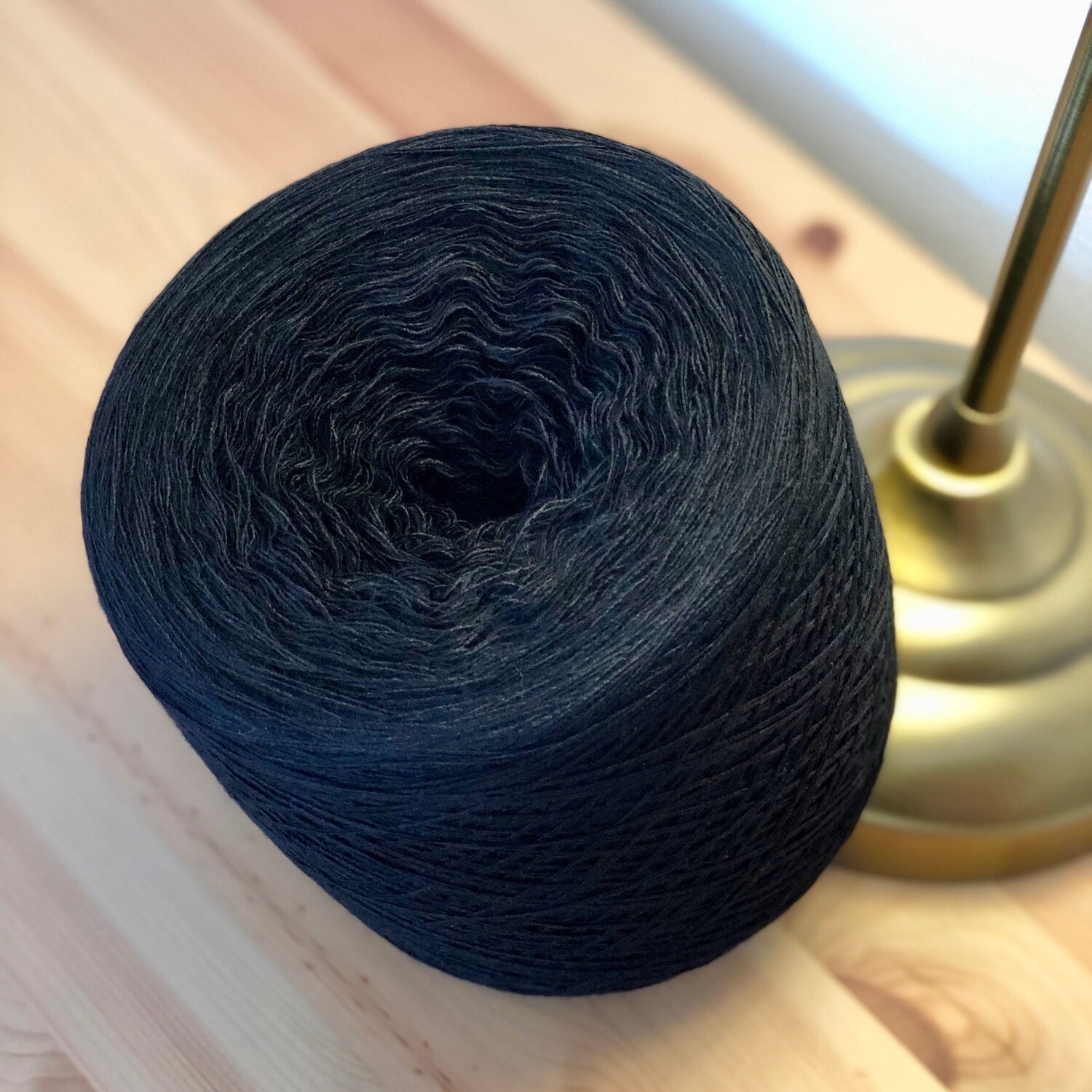 Woolpedia Colors black 2ply 2700m (modal) Lace