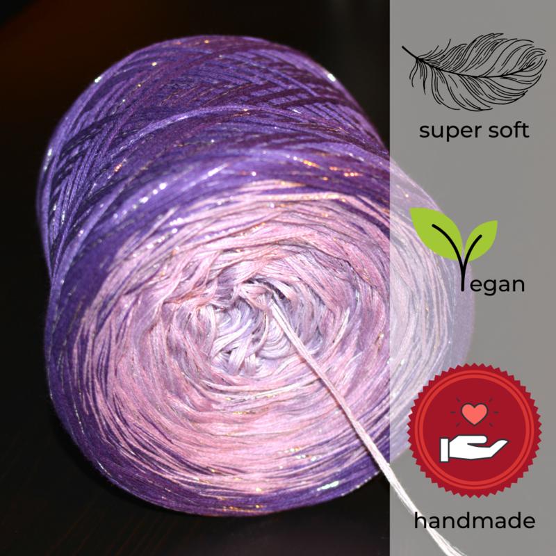 Woolpedia® Colors Lavendel III glitter gradient yarncake (modal)