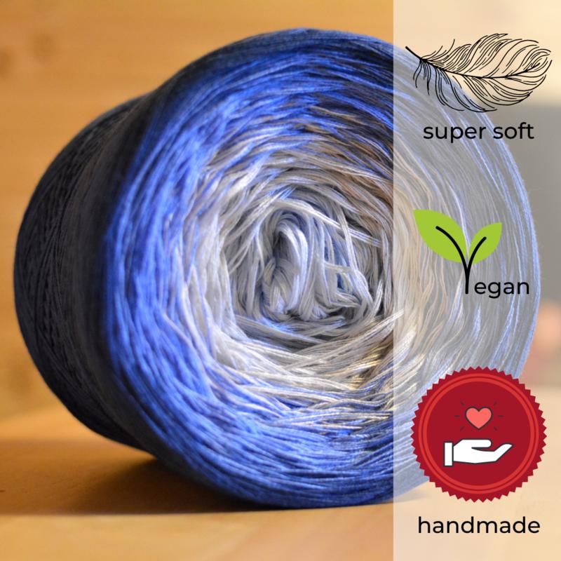 Woolpedia® Colors Kattegat IV gradient yarncake (modal)