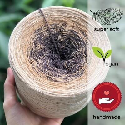 Woolpedia® Colors Sonja gradient yarncake (modal)