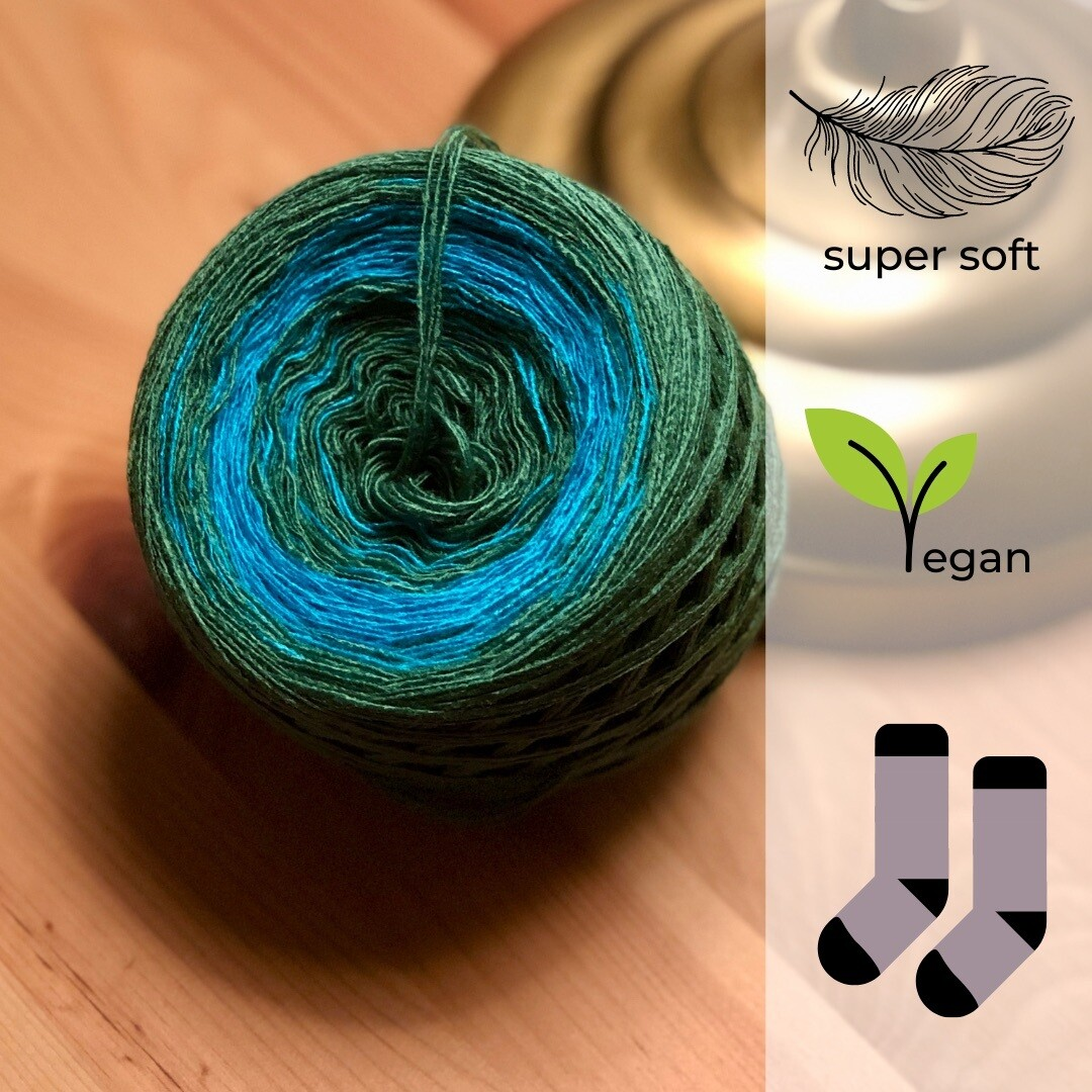 Woolpedia® Socks Wassermann - modal gradient sock yarn