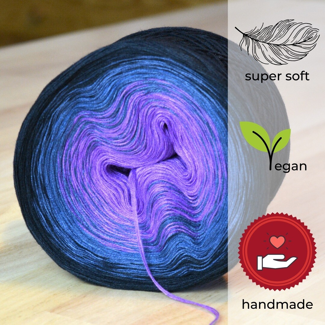 Woolpedia® Colors Dreams gradient yarncake (modal)