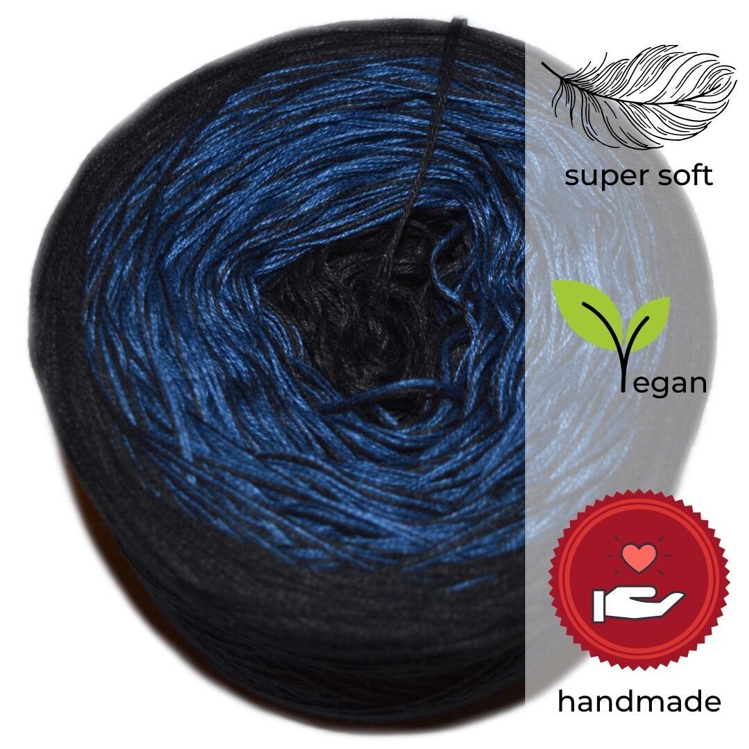 Woolpedia® Colors Unendlichkeit gradient yarncake (modal)