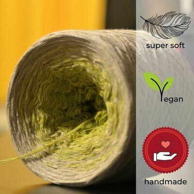 Woolpedia® Colors Hoffnung gradient yarncake (modal)