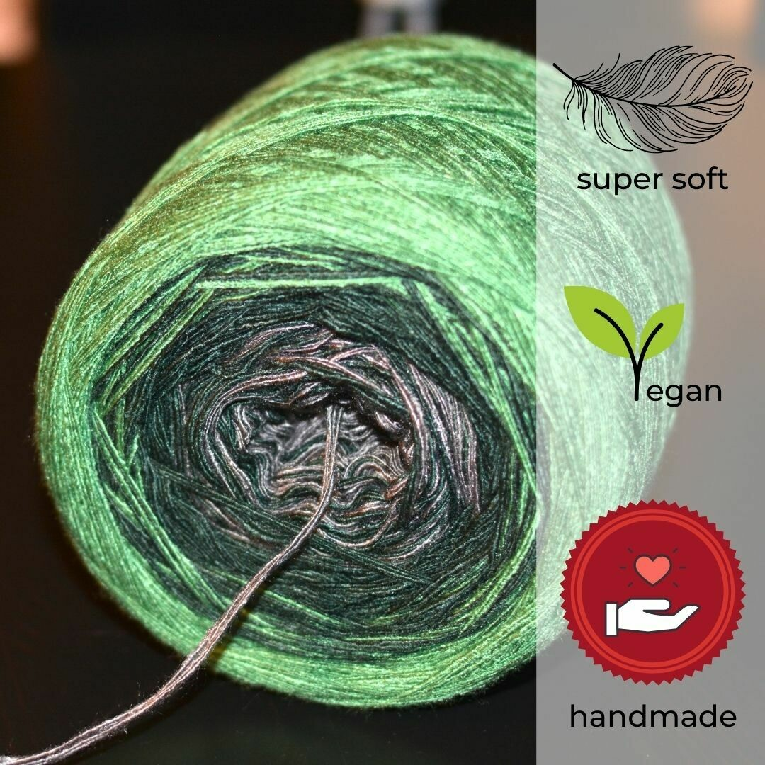 Woolpedia® Colors Allgäu gradient yarncake (modal)