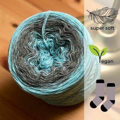 Woolpedia® Socks Schneeglanz - modal gradient sock yarn