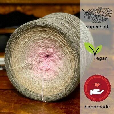 Woolpedia® Colors Die Schöne und das Biest gradient yarncake (modal)