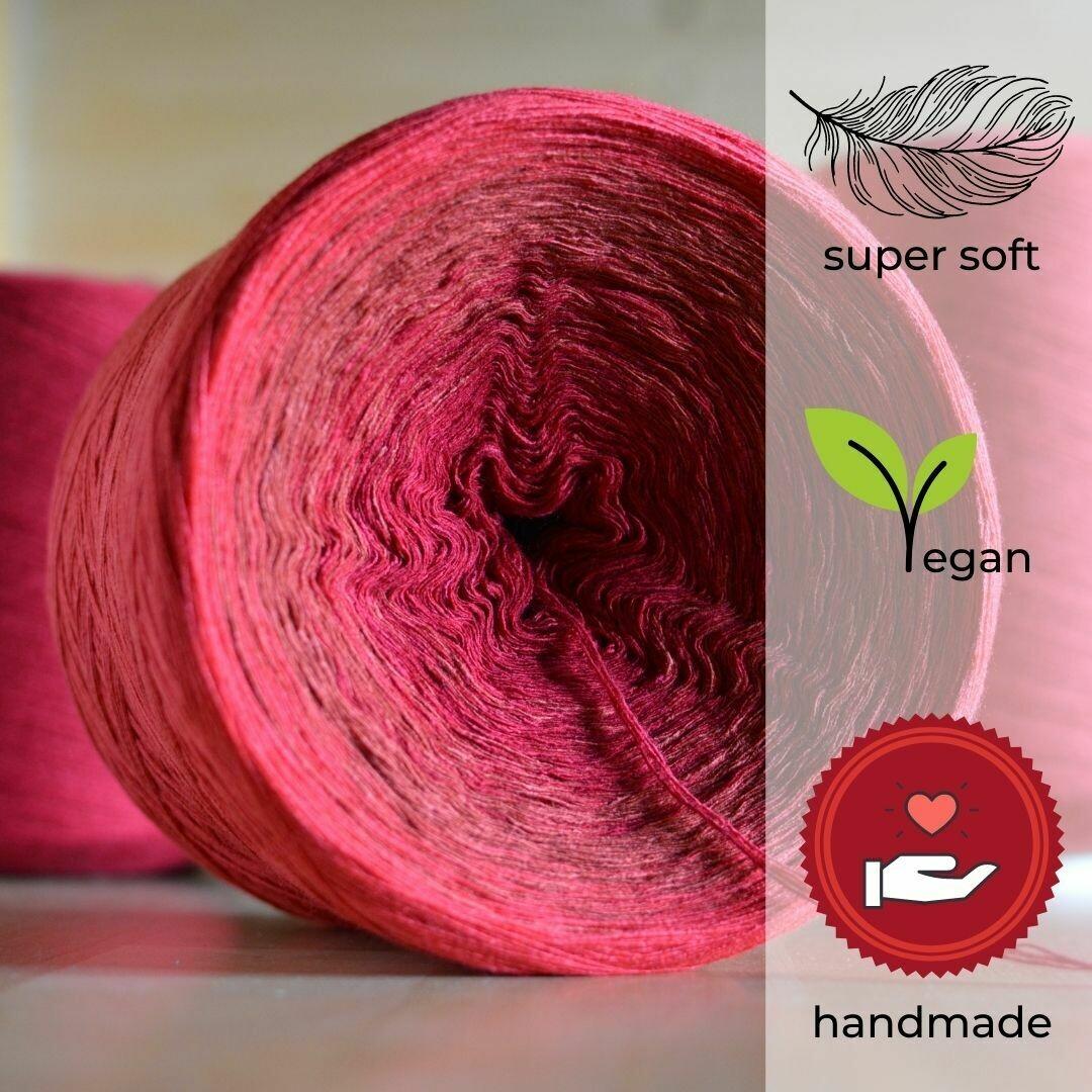 Woolpedia® Colors Drachenblut gradient yarncake (modal)