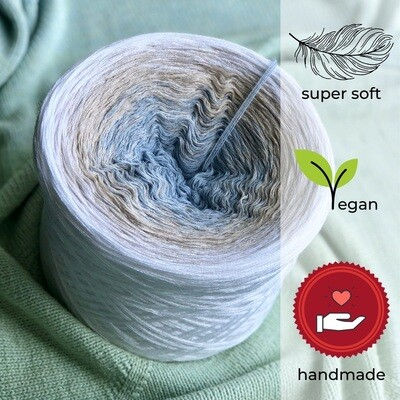 Woolpedia® Colors Glacier gradient yarncake (modal)