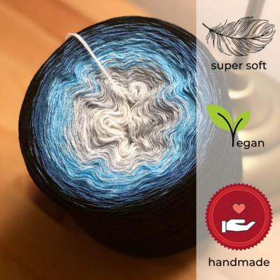 Woolpedia® Colors Krakatau gradient yarncake (modal)