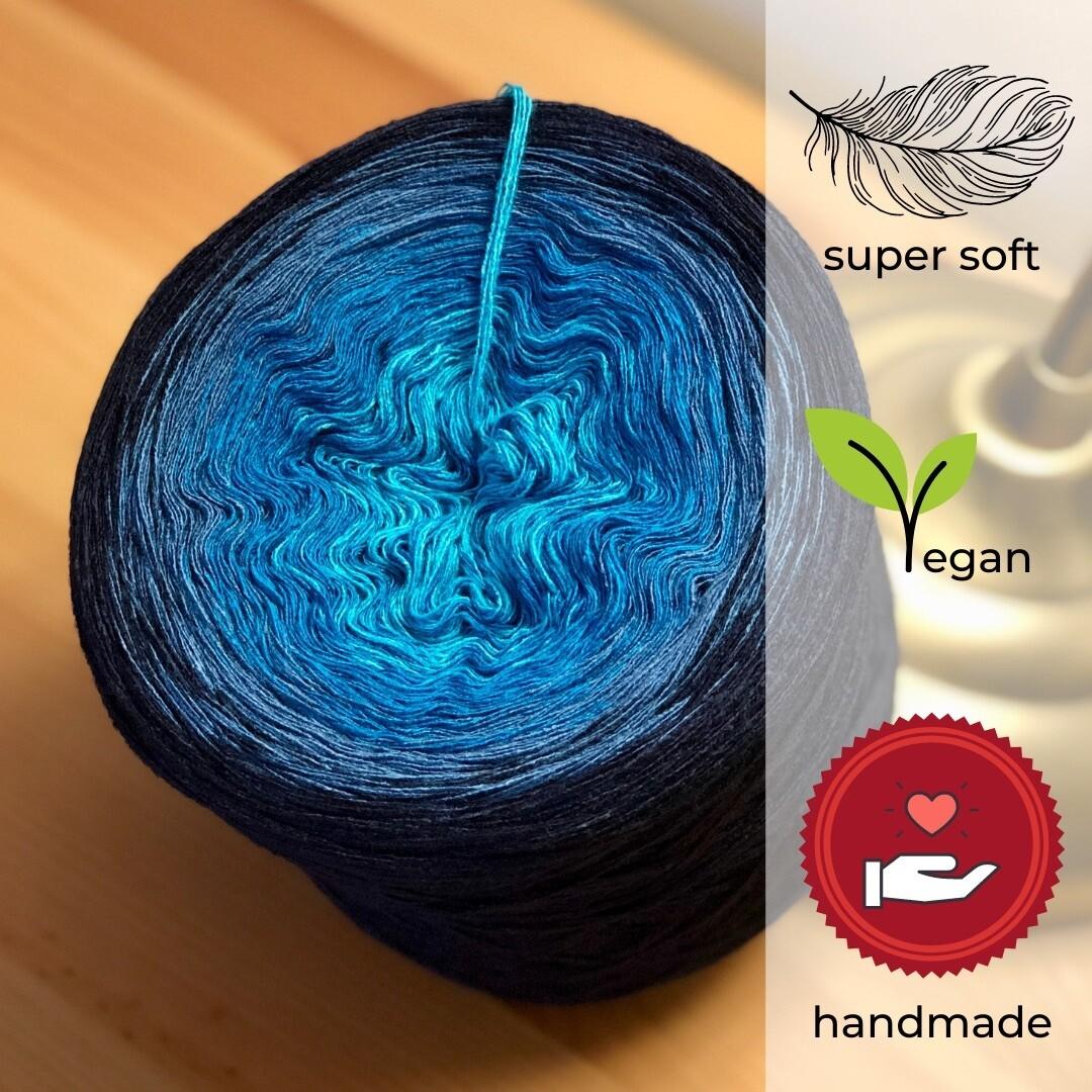 Woolpedia® Colors Sternenwarte gradient yarncake (modal)