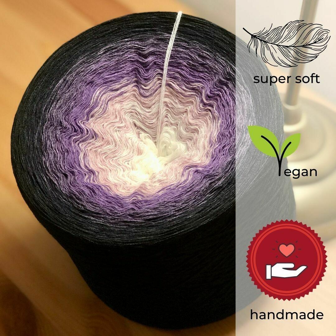 Woolpedia® Colors Nachtschein gradient yarncake (modal)