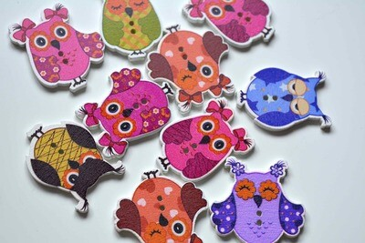 Wooden button - owl #11