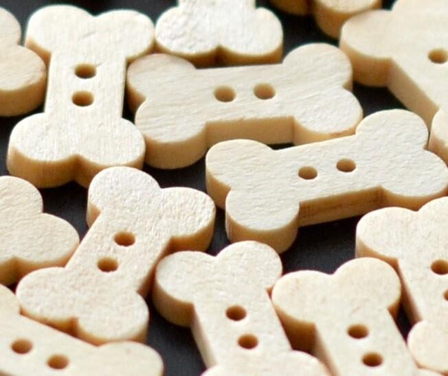 Wooden button - bone #9