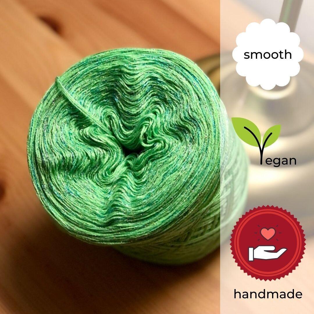 Woolpedia® Colors Irish Meadow glitter gradient yarncake (cotton-mix)