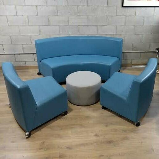 Lounge Area Furniture Set w/Ottomans