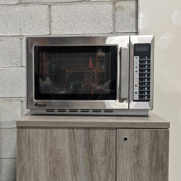 Amana RCS10TS Commercial Microwave