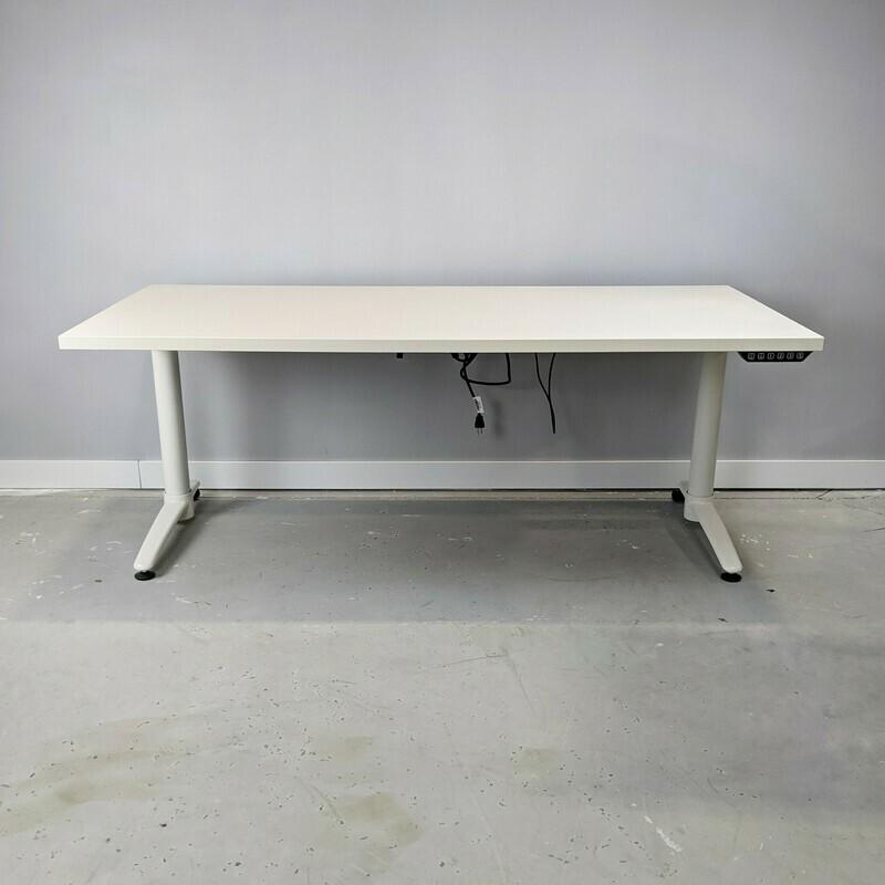 Bakker Next Height-Adjustable Desk