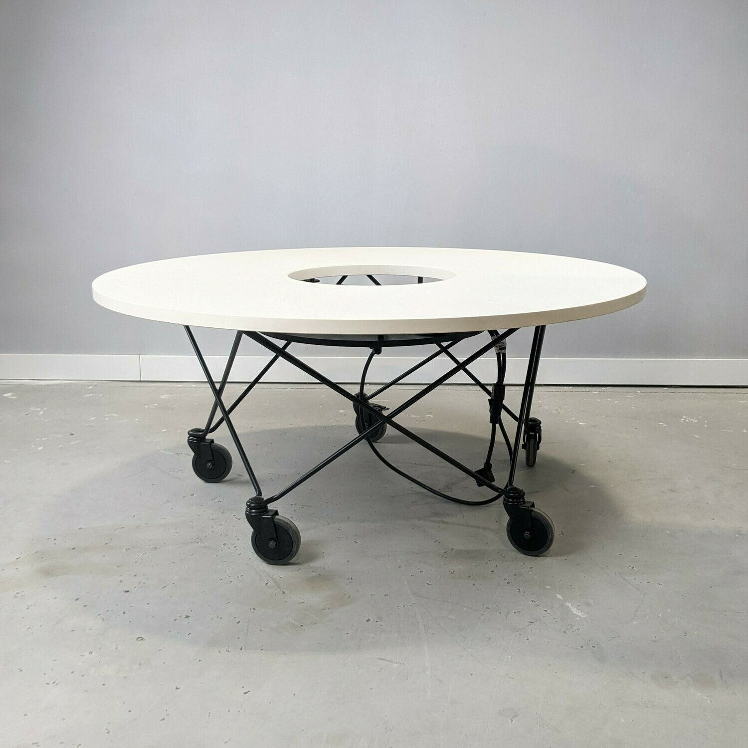 Round Table with Power
