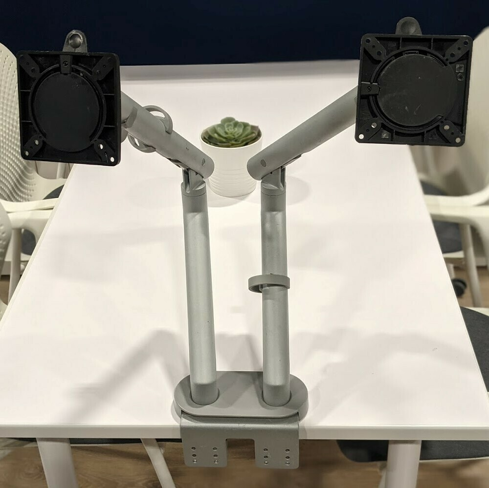 Dual Monitor Arms Humanscale