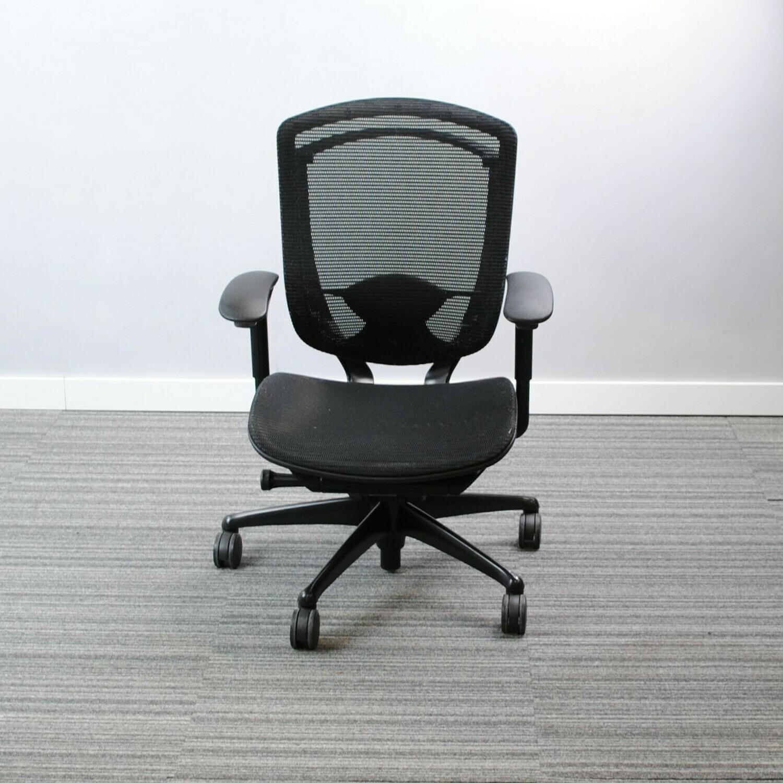 Nuova Contessa Task Chair by Teknion