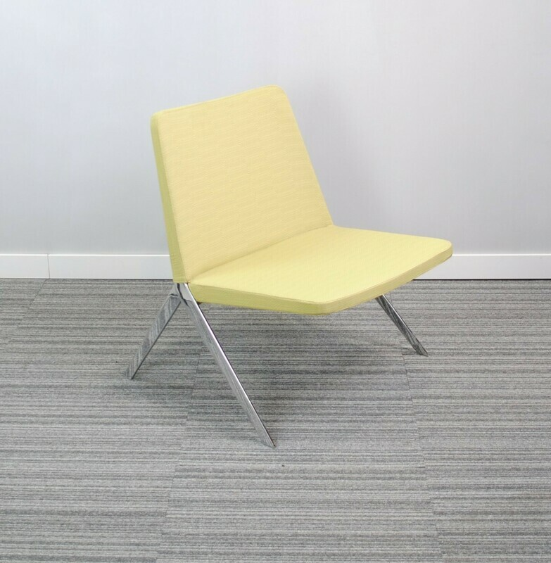 Keele Chair by Teknion Green