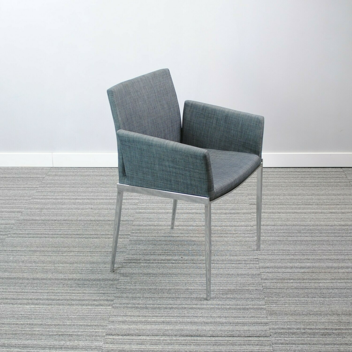 Lounge Chair by Structube