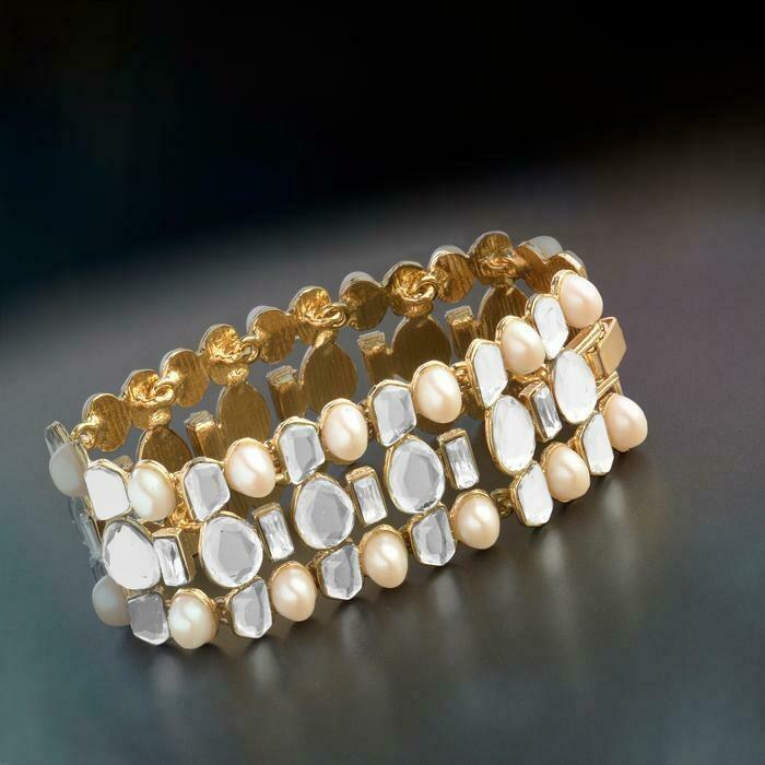 Estele Aiyna Pearl and Speculum Statement Bracelet