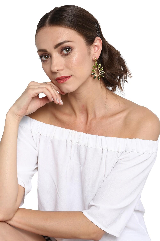 Estele Green Leafy Earring