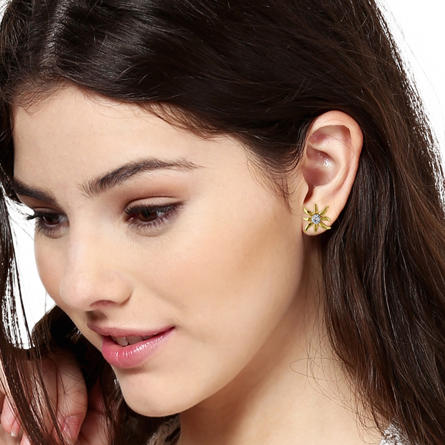 Estele Star Shaped Stud Earrings With White Crystal Stone