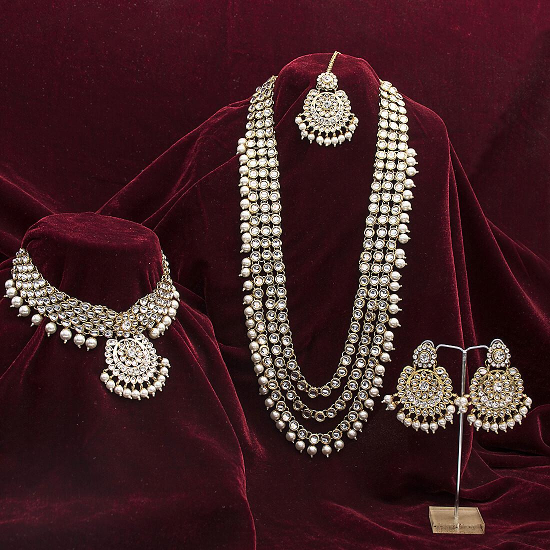 Aheli Kundan Beaded Bridal Jewellery Set