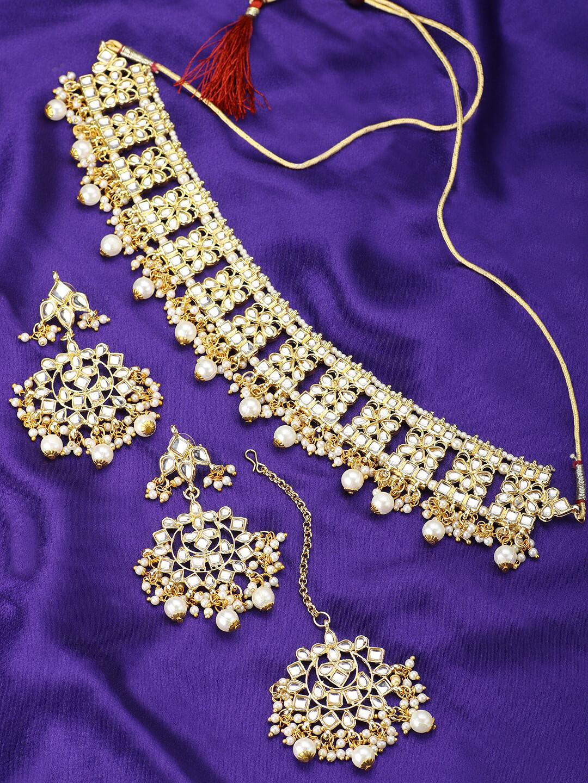 Aheli Kundan Studded Choker Necklace Set