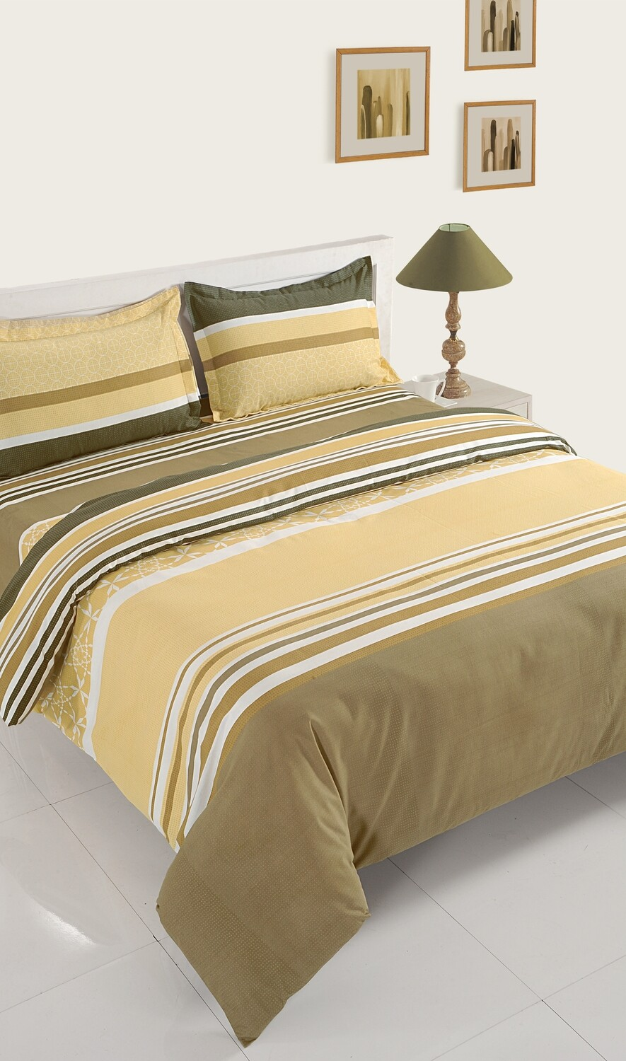 Swayam Ochre Strokes of Joy 120 TC Cotton Double Bedsheet with 2 Pillow Covers