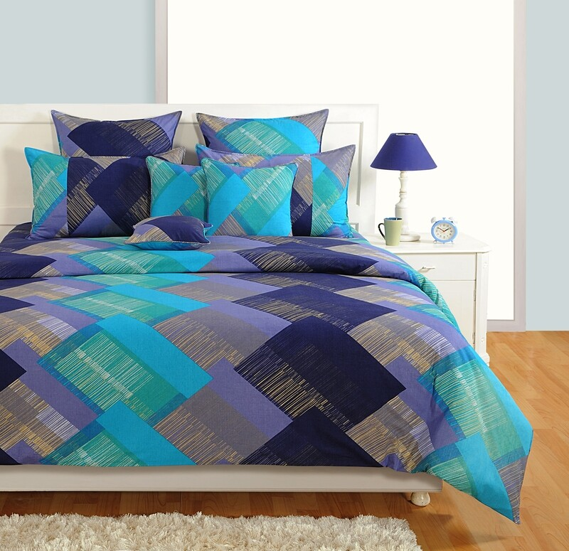 Swayam Cobalt Blue Geometric Pattern 180 TC Cotton Double Bedsheet with 2 Pillow Covers