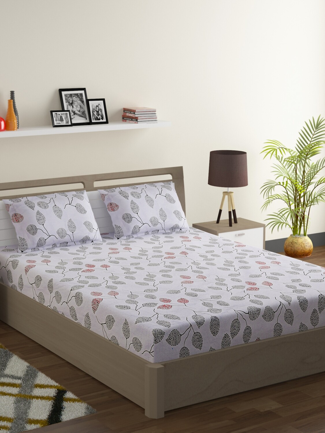 Swayam Red and Black Leaf Veins 160 TC Cotton Double Bedsheet with 2 Pillow Covers