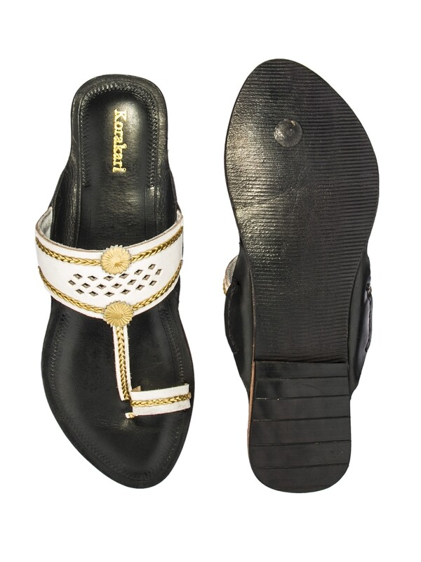 KORAKARI Black And White Diamond Punching Pure Leather Kolhapuri Chappal For Women