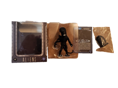 The Loyal Subjects Aliens Black Xenomorph w/ Closed Ovomorph Egg 2/12