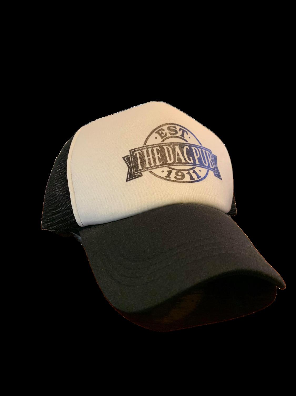 Dag pub hat