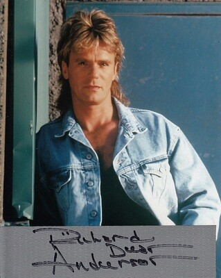 Richard Dean Anderson SIGNED DUCT TAPE....with FREE 'MacGyver' license plate!