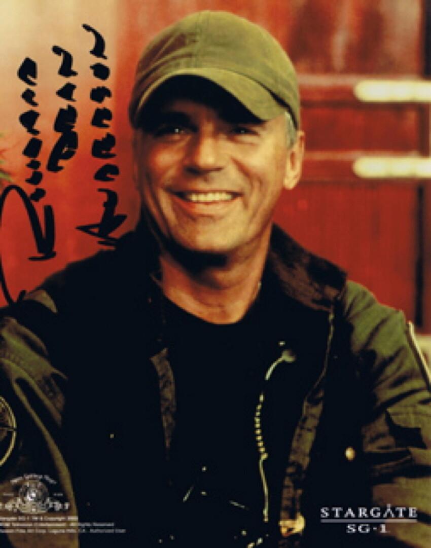 Richard Dean Anderson signed Stargate photo (19990)