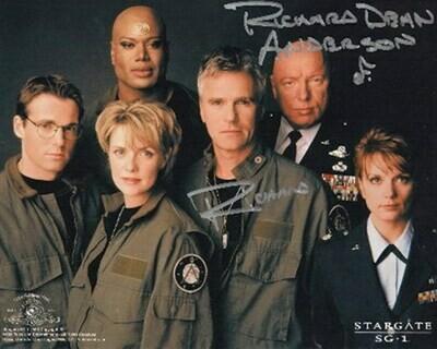 Richard Dean Anderson signed Stargate photo (63259)