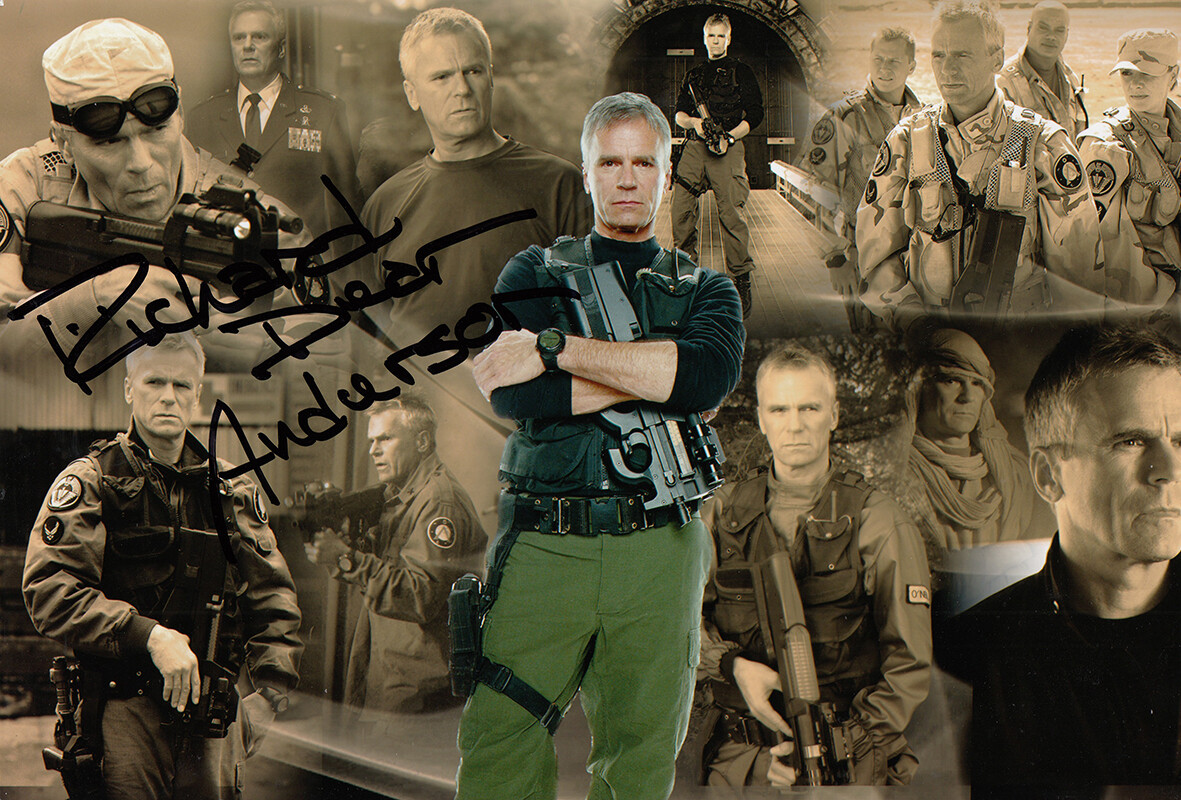 Richard Dean Anderson Signed Photo #63884