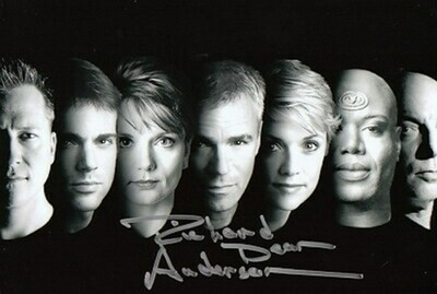 Richard Dean Anderson Signed Photo #21607