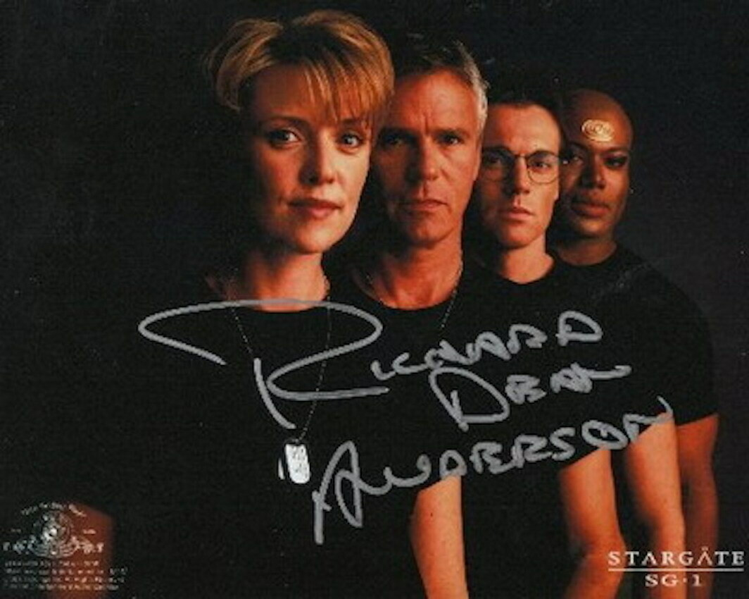 Richard Dean Anderson signed Stargate photo (63258)