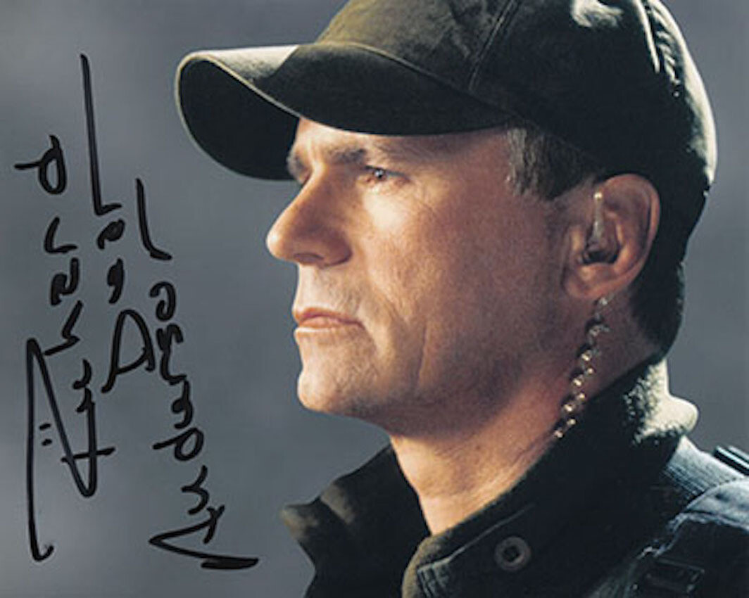 Richard Dean Anderson signed Stargate photo (63842)