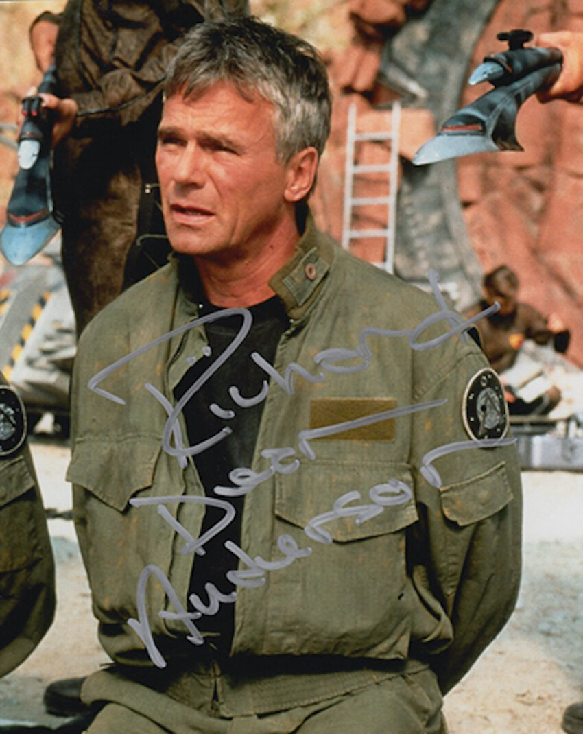 Richard Dean Anderson signed Stargate photo (63964)