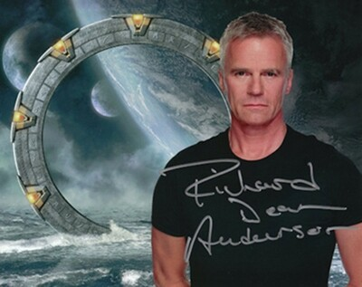 Richard Dean Anderson Signed Photo #63873