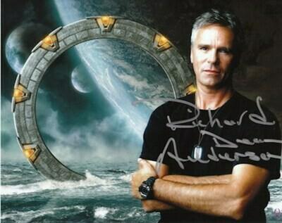 Richard Dean Anderson signed Stargate photo (63565)
