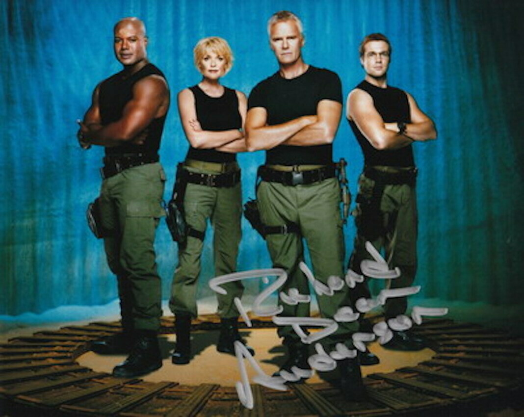 Richard Dean Anderson signed Stargate photo (63621)