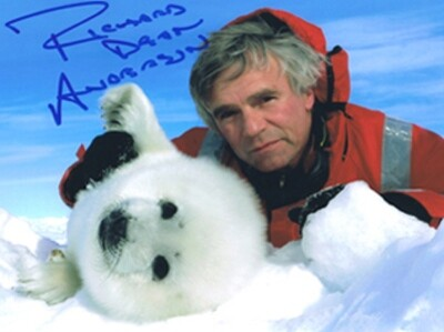 Richard Dean Anderson Signed 'Seal' Photo #19965